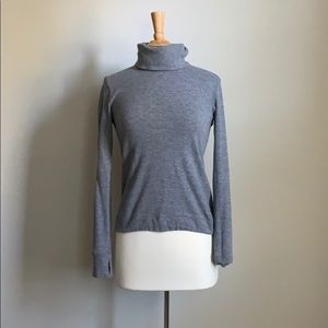 Lululemon 💫 Turtleneck Sweater